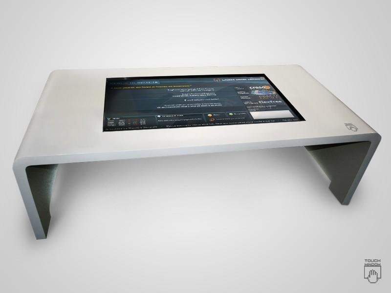 Touch window ha progettato il primo tavolo interattivo multitouch lcd fullpress - Tavolo touch screen ...
